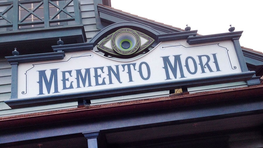 memento mori disneyland magic kingdom floride